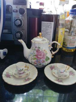 Tea pot decor for Sale in Gaithersburg,  MD