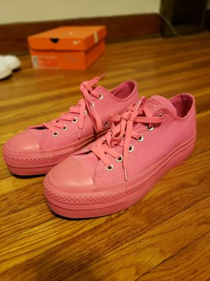 Hot Pink Platform Converse W 9/ M 7.5 for Sale in Wichita, KS