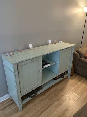 TV stand/cabinet for Sale in High Point, NC
