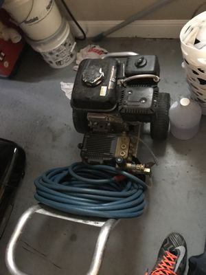 Mi T M 2700 pressure washer for Sale in Austin, TX