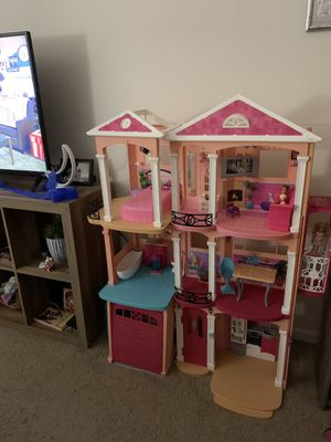 Barbie doll house for Sale in Columbus, OH