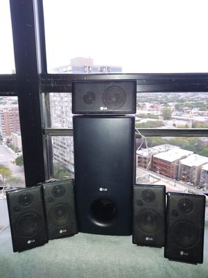 LG Surround Sound with Subwoofer for Sale in Chicago, IL