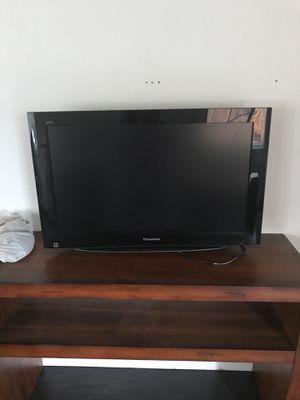 Panasonic 32 inch tv for Sale in Beaverton, OR