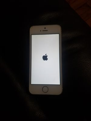 Iphone 5 for Sale in Chicago, IL