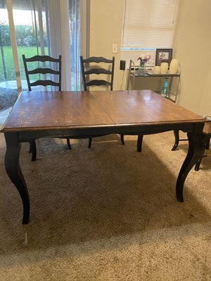 Dining table and 6 chairs for Sale in Sand Springs, OK
