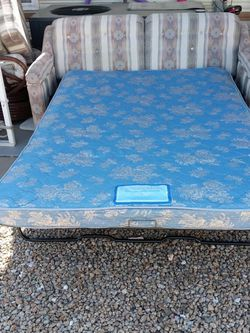 Sofa Bed 4.5 Ft X 6 Ft for Sale in Surprise,  AZ
