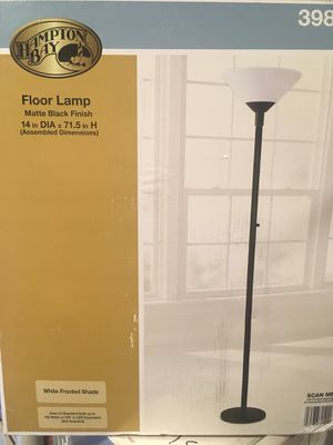 Floor lamp plastic shade new , 14 in W x 71.5 H for Sale in Las Vegas, NV