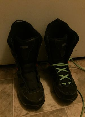 5150 KIDS SNOW BOOTS SIZE 6 for Sale in San Marcos, CA