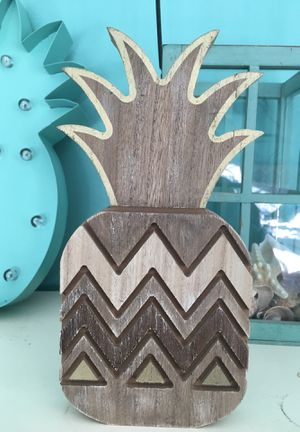 Wooden pineapple decoration for Sale in West Covina, CA