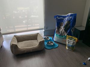 Puppy Starter Pack - Dog Crate, bed, toys, food for Sale in Dallas, TX