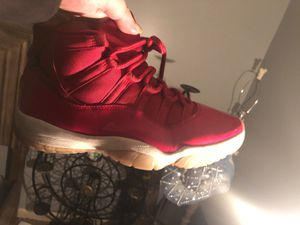 Jordan retro 11 gym red size 10 for Sale in Columbus, OH