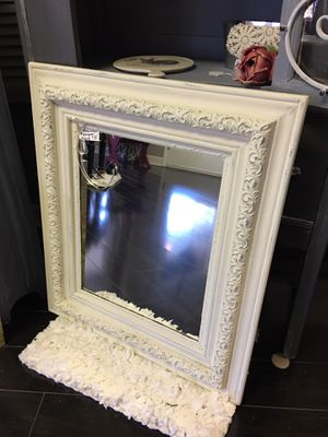 Antique mirror for Sale in Middletown, NJ
