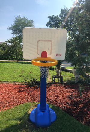 Little tikes kids basketball hoop for Sale in Paterson, NJ