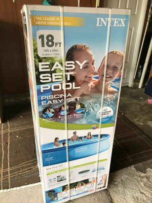 18ft by 48in easy set swimming pool set for Sale in Boston, MA