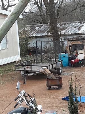 Brand new utility trailer. Only a few niles on it. Need to sale asap to get vegicle running. for Sale in Birmingham, AL