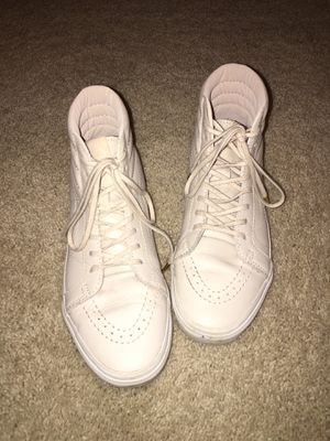 Women's high top Leather Vans Sz 8 Cream color in excellent Condition for Sale in Puyallup, WA