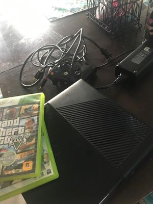 Xbox 360 with games for Sale in Lehigh Acres, FL