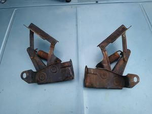 1962 62 Oldsmobile Starfire hood hinges for Sale in Hoquiam, WA