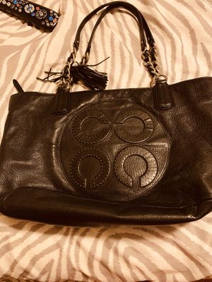 REAL LARGE COACH BAG for Sale in Hartford, CT