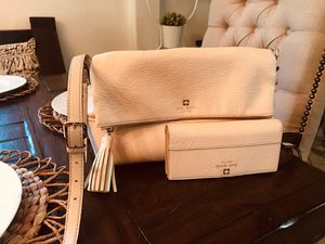 Kate spade ♠️ purse and matching wallet for Sale in Houston, TX