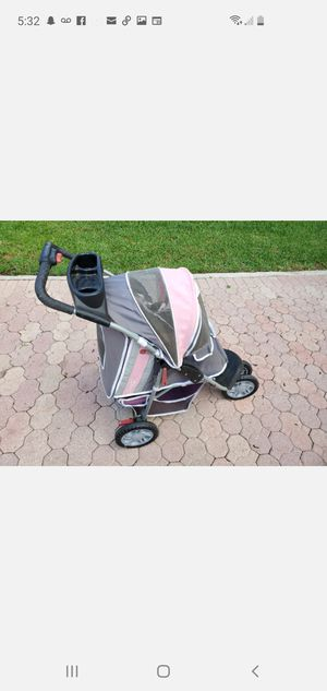Petz dog stroller for Sale in LAUD LAKES, FL