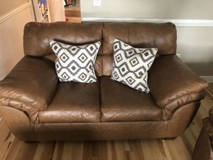 """Like new! Leather couch 89"""",69"""" for Sale in Hamilton Township, NJ"""