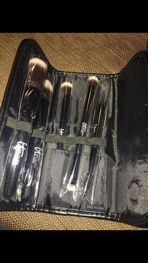 New makeup brushes for Sale in San Jacinto, CA
