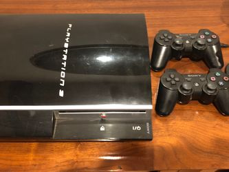 PlayStation 3 40GB W 2 Controllers, ROCKSMITH GAME and Ear Piece for Sale in Los Angeles,  CA