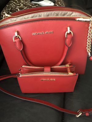 Micheal kors bag for Sale in Fresno, CA