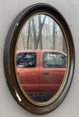 "Vintage 19"" x 23"" Wall Hanging Wood Oval Frame With Free Mirror for Sale in Chapel Hill, NC"