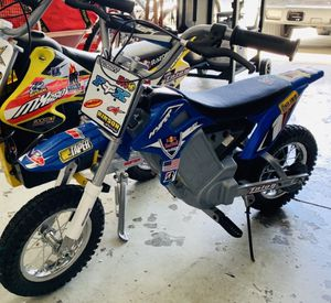 Kids electric dirt bike / motorcycle for Sale in Tampa, FL