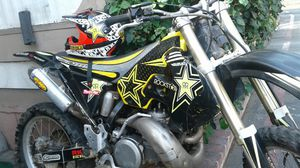Suzuki rm250 dirt bike for Sale in Phillips Ranch, CA