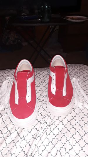 Vans red and white (new) shoe size:9.5 for Sale in Saint Petersburg, FL