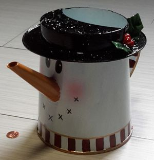 ⛄ Snowman Metal Watering Can - Hanukkah Christmas Holiday🕎🎄 for Sale in Minneapolis, MN