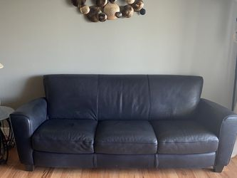 Natuzzi ITALIAN Black leather Couch And Sofa for Sale in Tampa,  FL