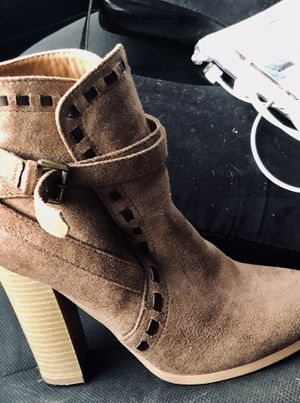 HUGE SALE LIMITED TIME ONLY ON 4 Brand Name Pairs of Ankle Boot Bundle! for Sale in Charleston, SC