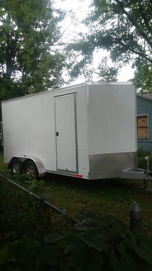 16 foot in closed trailer for Sale in Columbus, OH