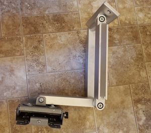 Full Motion Articulated TV Wall Mount for Sale in Everett, WA