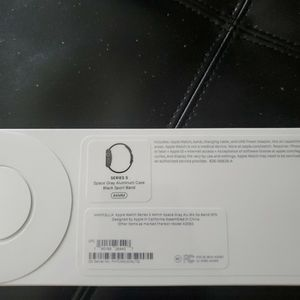 Apple Watch 5 Series (44MM) Black With Aluminum Case for Sale in Chicago, IL