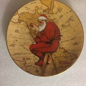 Norman Rockwell: Santa Plans His Visit Decorative Plate for Sale in Pomona, CA