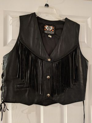 Leather women's motorcycle vest for Sale in Maple Valley, WA