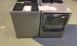 BRAND NEW WHIRLPOOL WASHER AND GAS DRYER SET T99 for Sale in West Covina, CA
