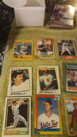 Lot of 16 baseball greats baseball cards for Sale in Stickney, IL