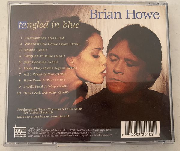 Brain Howe-tangled in blue