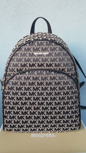 New Authentic Michael Kors Large Backpack for Sale in Commerce, CA
