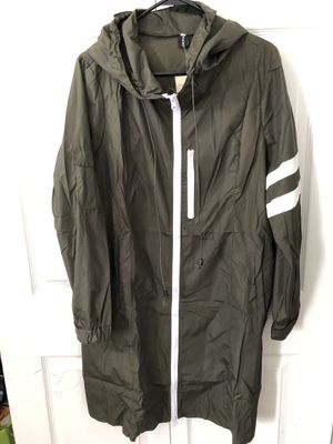 Women's lightweight rain jacket Waterproof! Size XL(pick up only) Please don't bother giving ridiculous offers. for Sale in Springfield, VA
