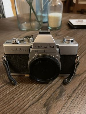 Minolta SRT 200 SLR Film Camera Body Brand new With Battery And Tested Chrome. Condition is New for Sale in Pelham, NH