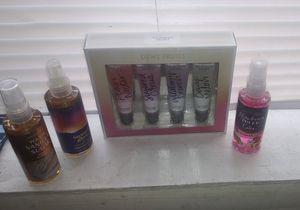 Victoria secret lip gloss and BBW body mist for Sale in Atlanta, GA