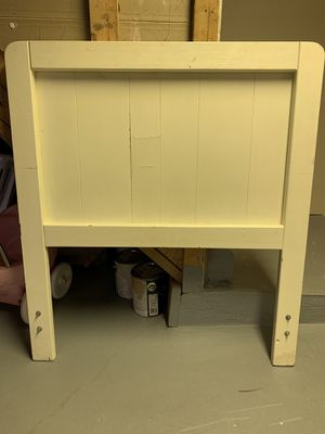 Twin Bed Head Board for Sale in Strongsville, OH