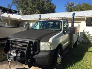 2003 ford f450 road service truck for Sale in Brandon, FL